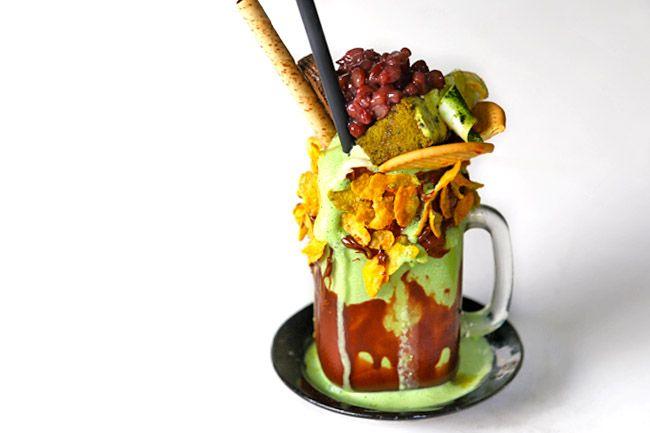 Cake Spade More Over The Top Milk Shakes In Singapore Milkshake Shakes Trendy Food
