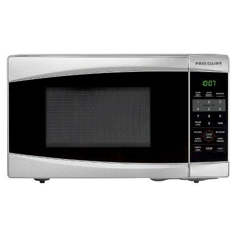 Frigidaire Stainless Steel 0 7 Cu Ft Countertop Microwave