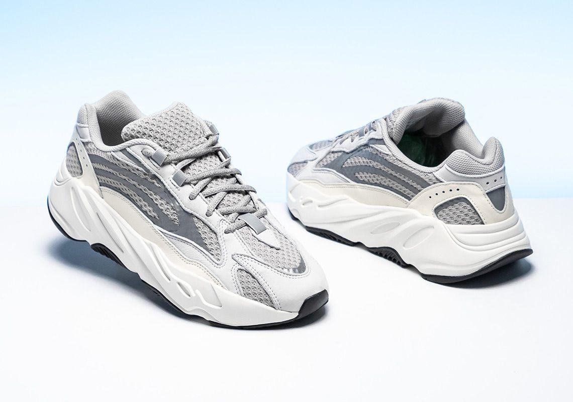 watch a29e5 e7173 Adidas Yeezy Boost 700 v.2 static | cmtr | Zapatillas ...