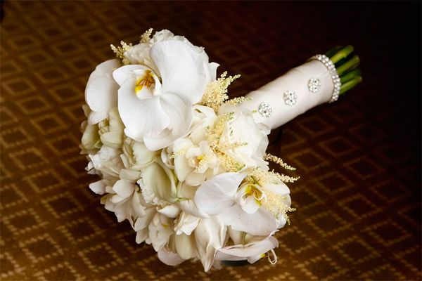 Google Afbeeldingen resultaat voor http://www.occasionsniagara.com/Portals/72883/images//wedding-bouquet2.jpg