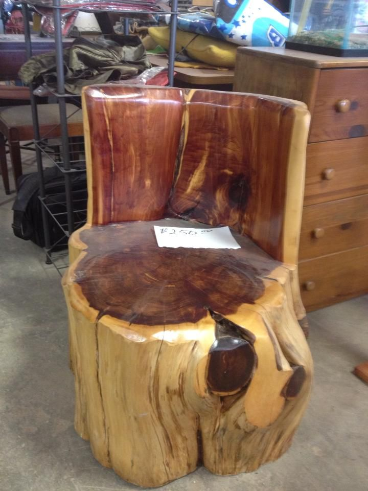 $250.00 LARGE CEDAR STUMP CHAIR ORDER YOURS TODAY VIA FACEBOOK OR EMAIL  EMAIL:RBJSTONEANDSURPLUS@