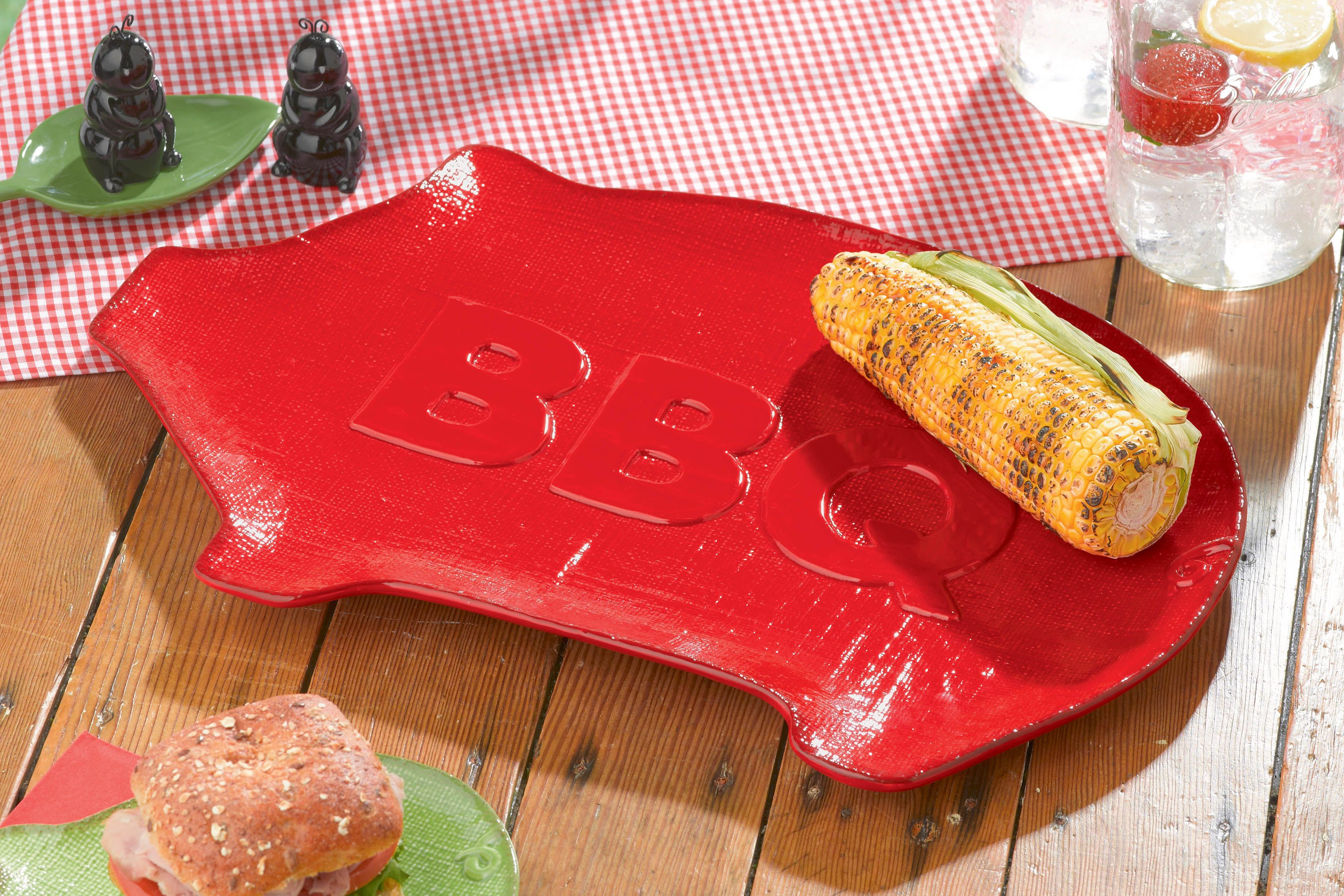 Ceramic Pig Serving Platter With Bbq Sculpted In The