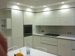 Risultati immagini per cucina moderna soffitto ribassato faretti