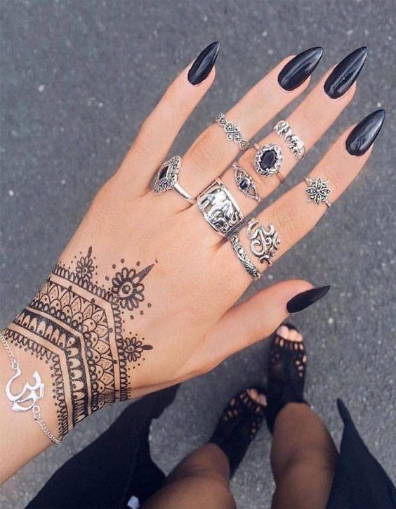 Henna Quick Stylish Mehandi Wrist: Gorgeous Hand Tattoos & Nail Style In 2020 In 2020