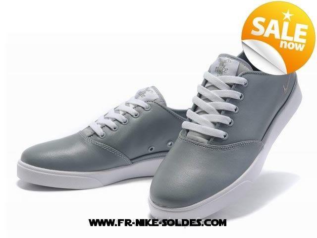 check out 68b07 49016 Nike Homme Blazer Cuir Gris Irrésistible bon marché