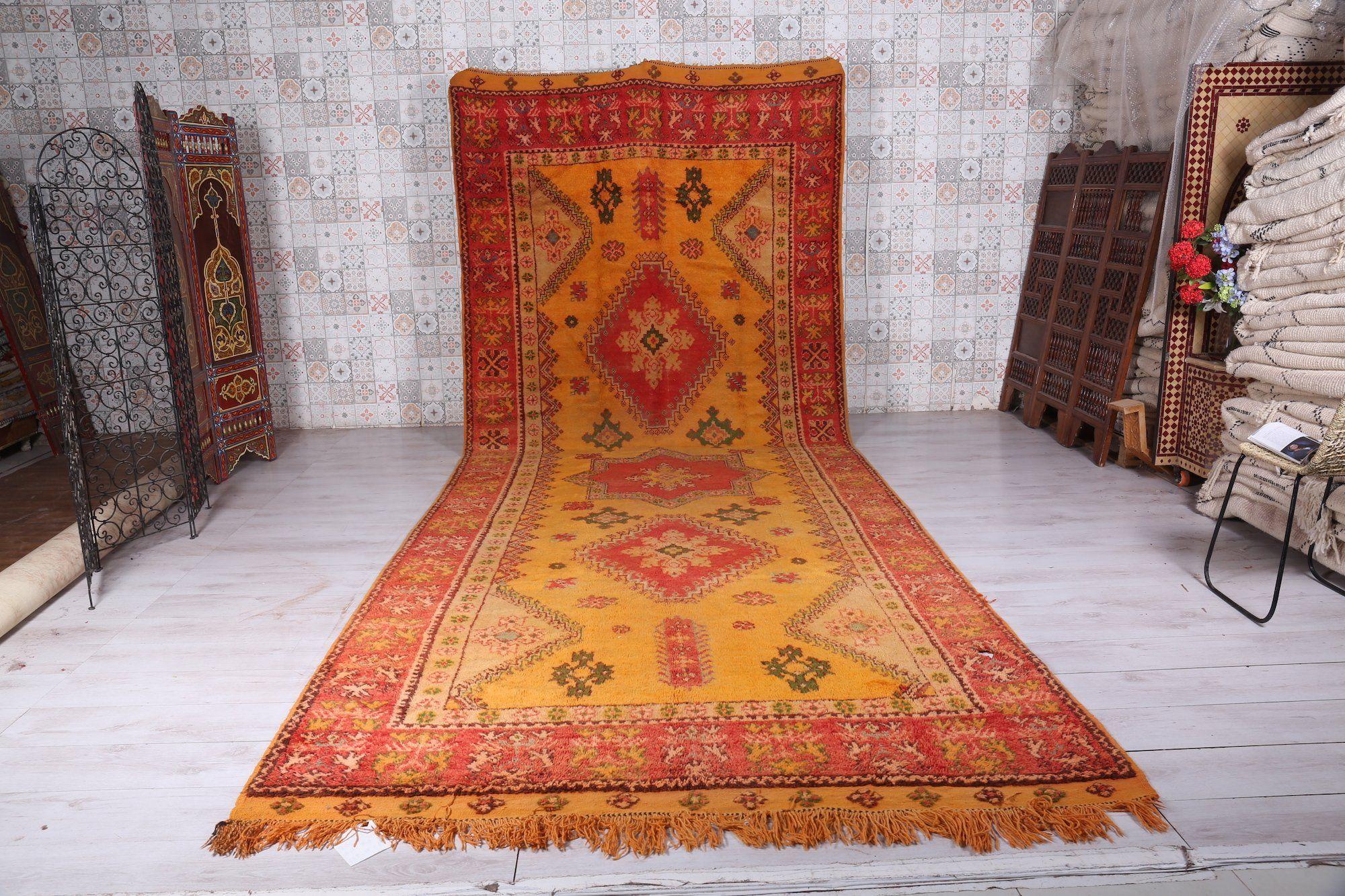 Runner Moroccan rug, 6.7 FT X 16.6 FT  #rug #berber #handmade #antique #ourain #gift #handwoven #boucherouite #carpet #decoration
