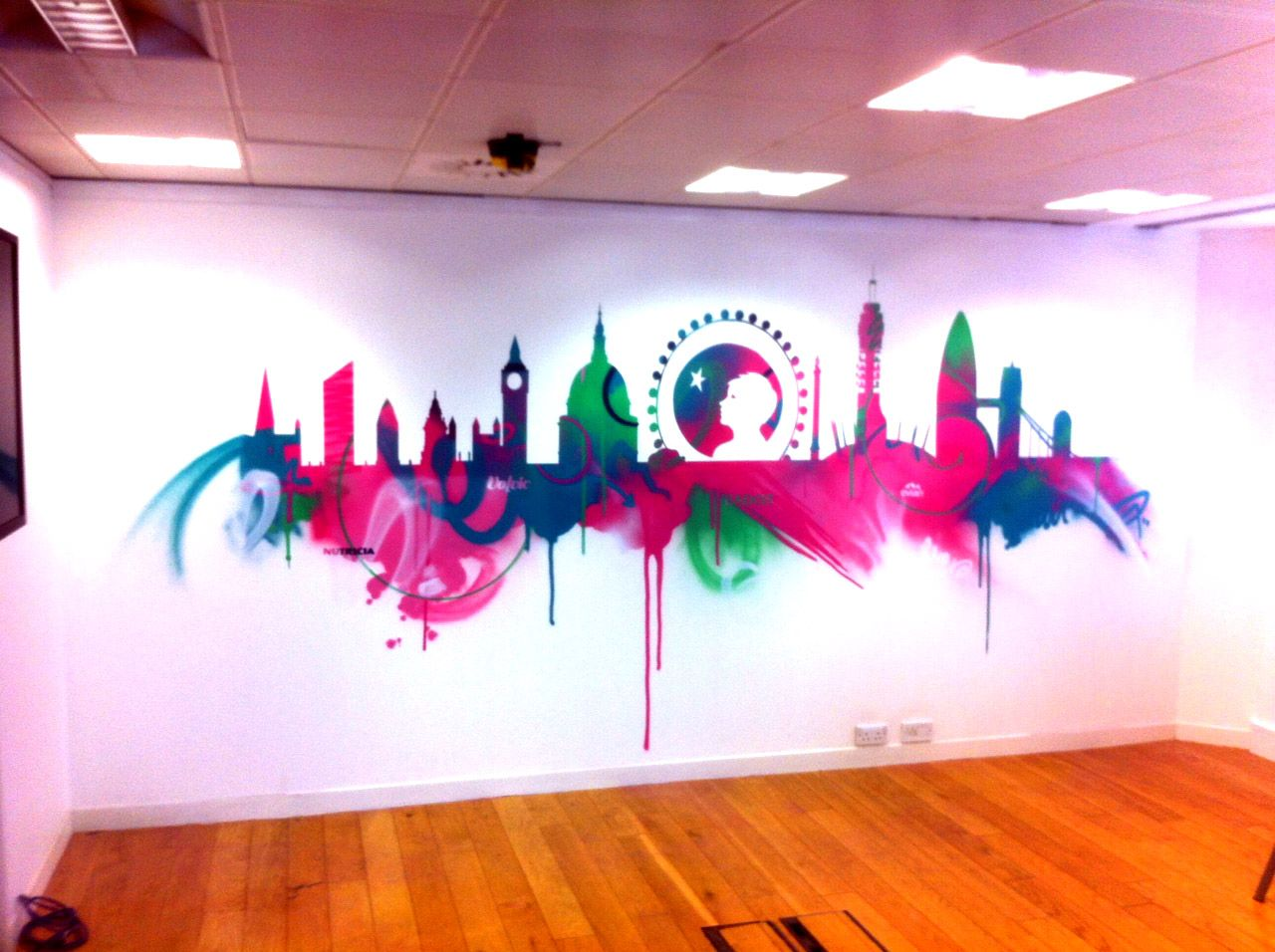Graffiti wall training - Here S How A Skyline Stencil Would Look With A Multitude Colors London Skyline Graffiti Art