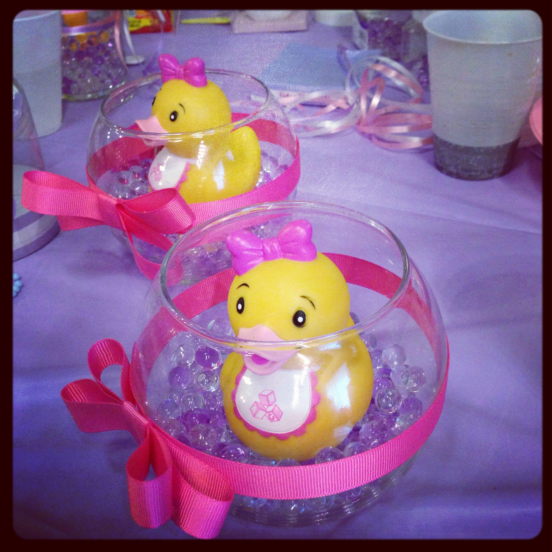 Baby shower center pieces | baby shower | Pinterest | Patos, Centros ...