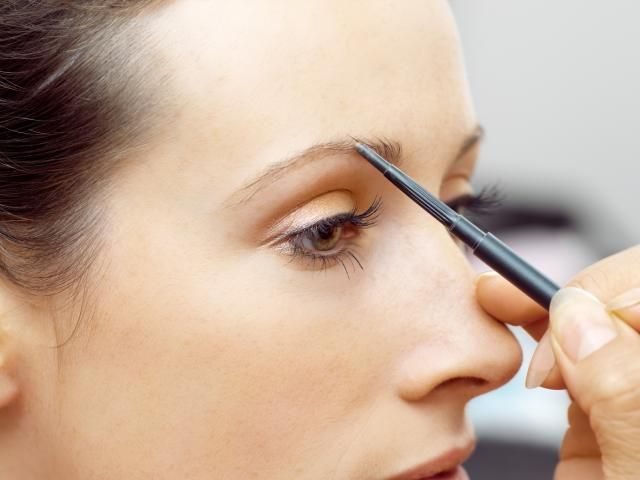 Eyebrow Mistakes You May Be Making Mistake No 4 Not Filling In