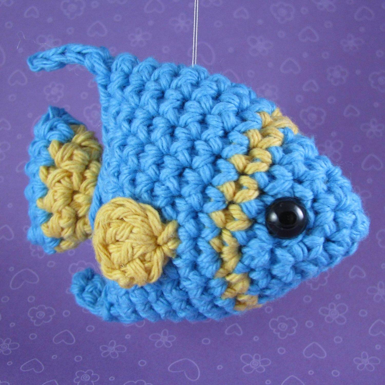 Amigurumi Crochet Pattern - Quick and Easy Cute Angelfish | Llaveros ...