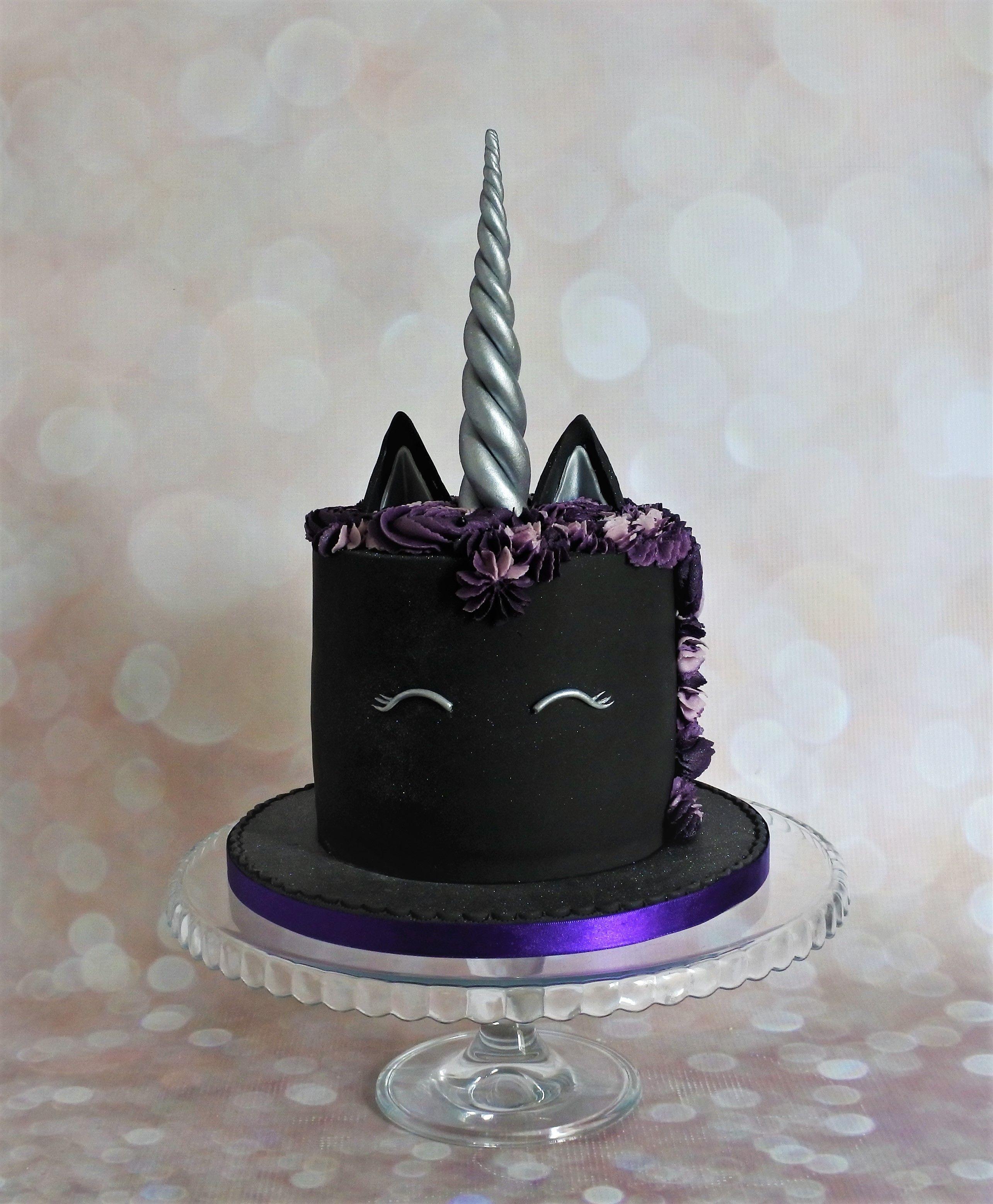 Amazing Goth Unicorn Cake Eenhoorn Cake Funny Birthday Cards Online Aeocydamsfinfo