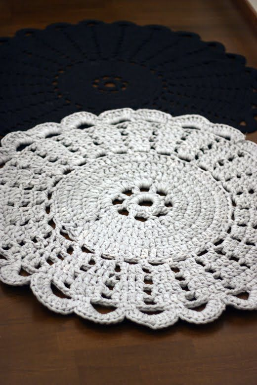 Crocheted Rug by Sort of pink (pattern here… | Free patterns and ...