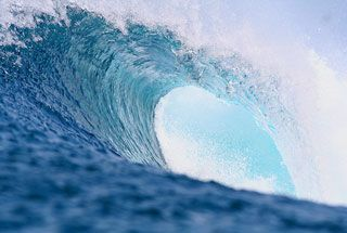 wave.jpg (320×215)