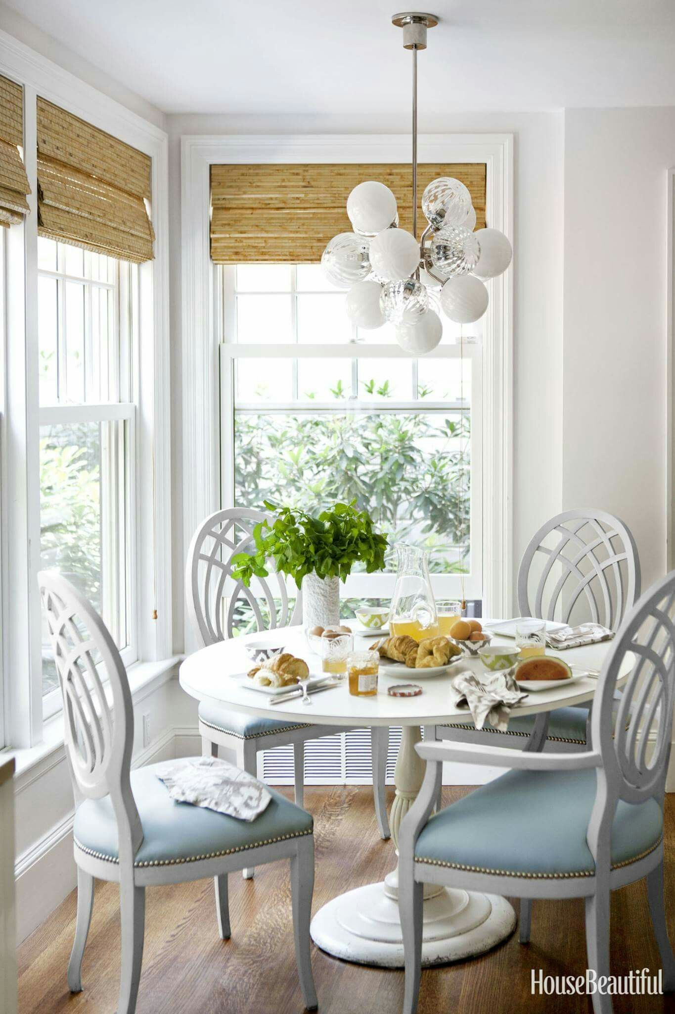 lovely little breakfast nook very much like the table set