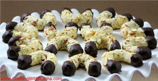 Almond Horns Cookies