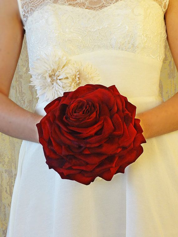 Red Rose Glamelia Carmen Single flower Petal Composite Rose Bouquet ...