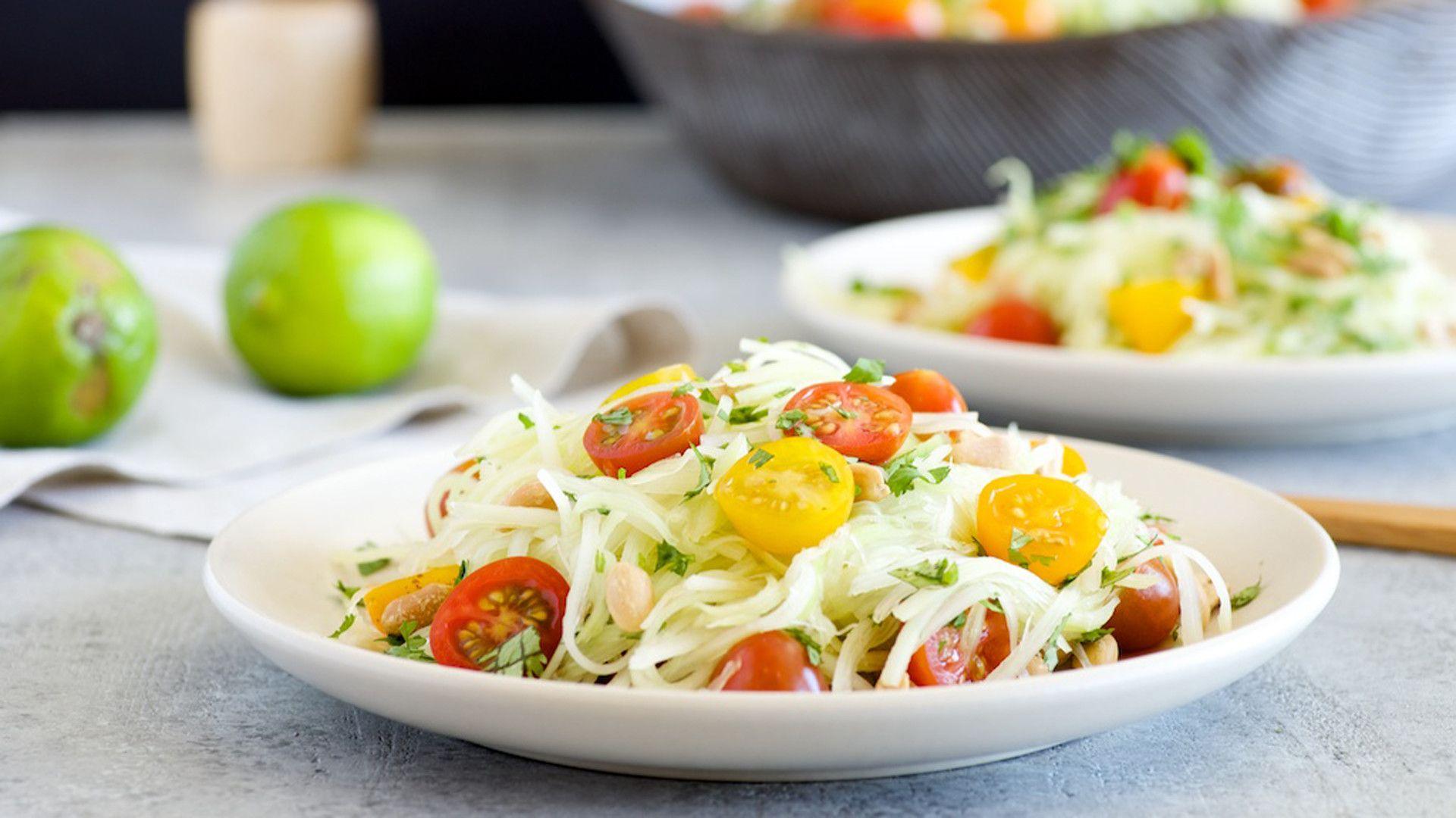 23 thai dishes you can make at home green papaya salad