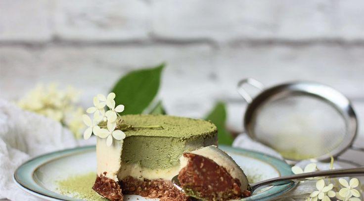 Raw Matcha Lemon White Chocolate Cheesecake - raw or vegan -