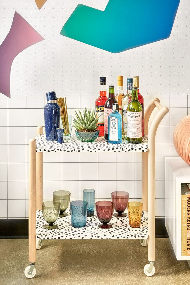 10 Times Wallpaper Dramatically Raised Ikea S Game Ikea Hack Bar