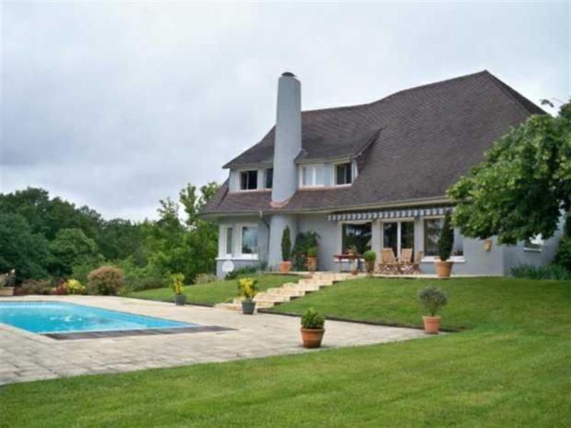 Proche Pau, Maison d\u0027architecte composée de 5 chambres dont une avec - faire une extension de maison