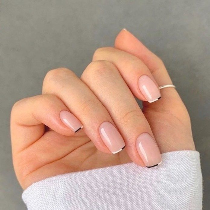 French manicure autunno 2020: classica, mismatched