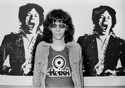 Joey Ramone Hijos: JOEY RAMONE CON LA CAMISETA DE A REIXA - Areixa