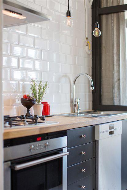 Les petites surfaces du jour : un deux pièces avec une cuisine en ...