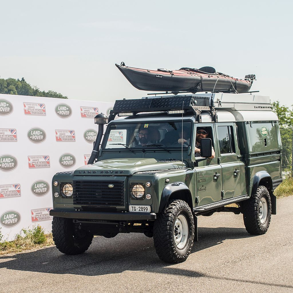 Land Rover Defender 130 Expedition Land Rover Defender Wikipedia Land Rover Defender Land Rover Land Rover Defender Expedition