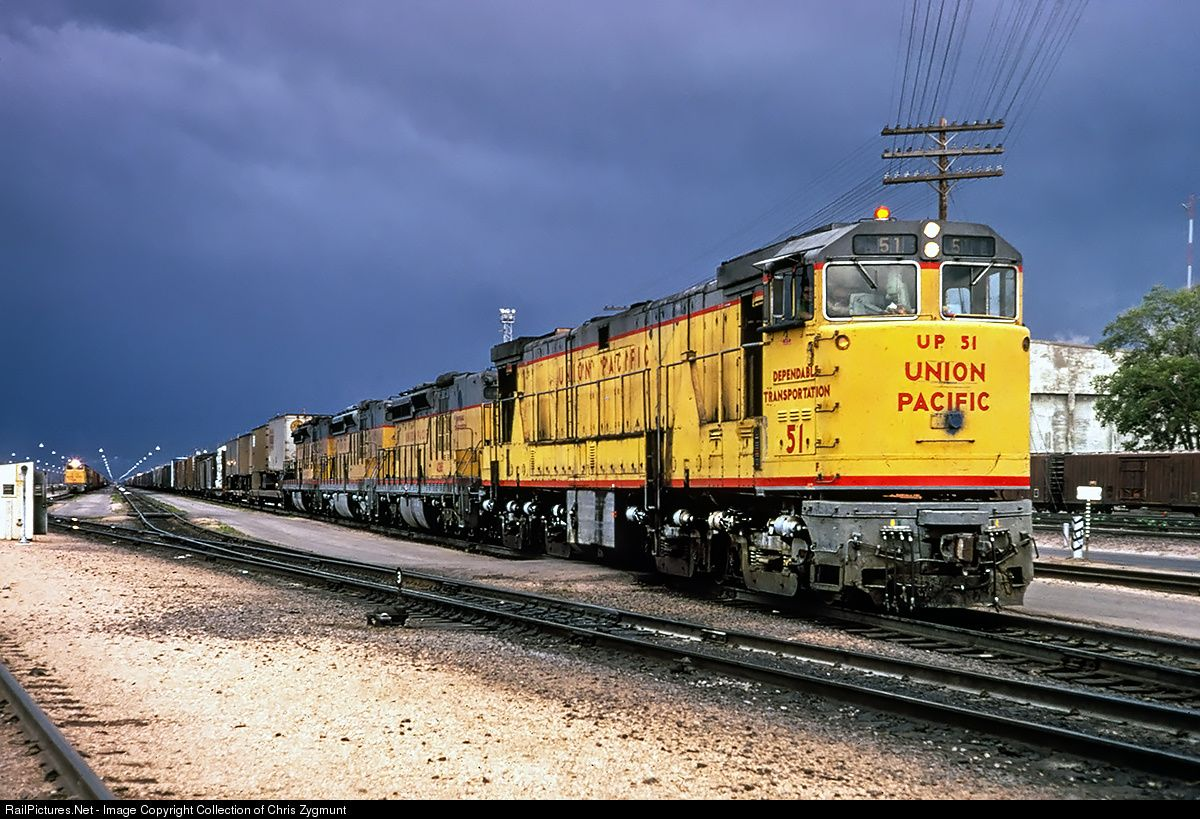 Railpictures net photo up 51 union pacific ge u50 at for Railpictures