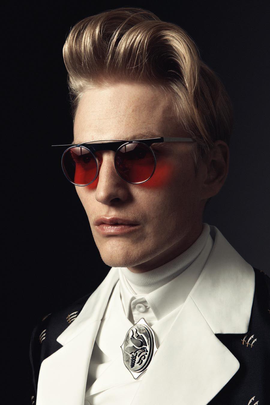 Fashion week Men: Stylish fashion inspired by david bowie for lady