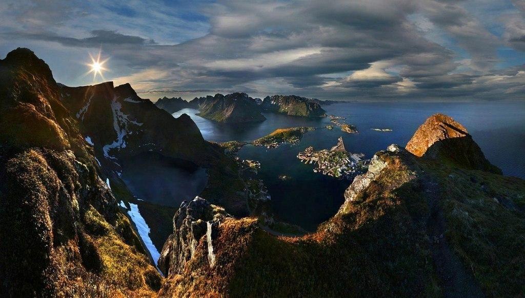 Восход над Лофотенскими островами, Норвегия