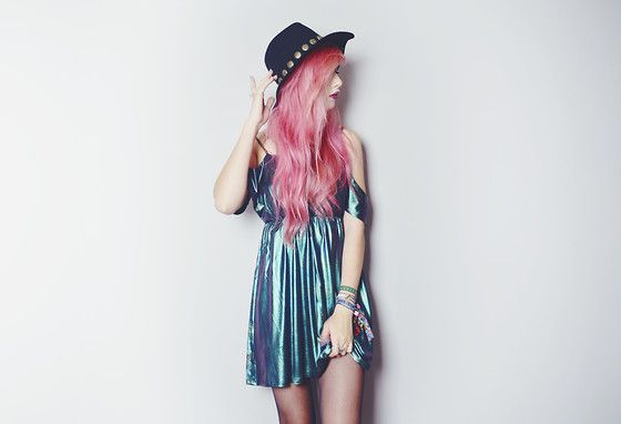 Kerol D Achille Fedora Hat, Kerol D Iridescent Dress