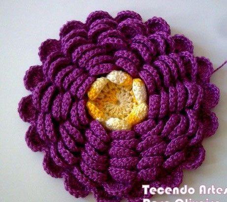 Multi Petaled Flower to Crochet