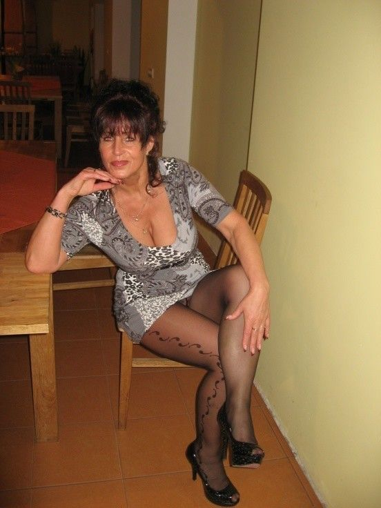 50 year old women looking for sex