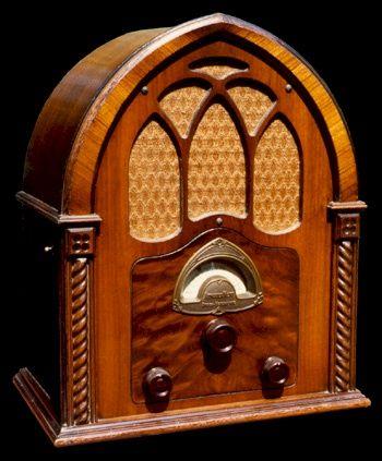 1933 Atwater Kent Model 82q From Radio Attic Archives Vintage Radio Retro Radios Antique Radio