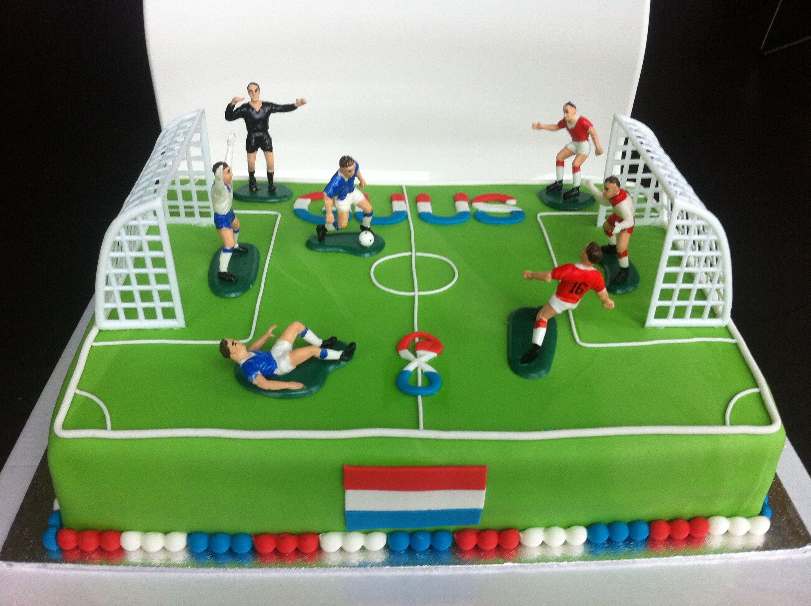 Vaak Voetbalveld taart Soccerfield cake | leivonta | Taart, Voetbal &UP82