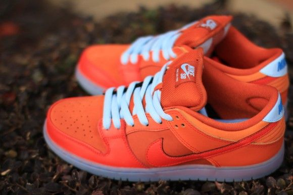 check out d0505 6f7ab Nike SB Dunk Low Pro Fire and Ice