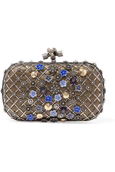 BOTTEGA VENETA . #bottegaveneta #bags #clutch #metallic #hand bags #
