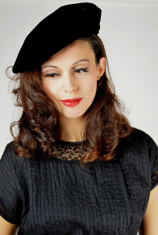 6a74b8a7 Vintage Black Beret, Black Beret, Artist Hat, Poet Hat, Black Velvet, 40s  Hat, Floppy Beret, Vintage Hat, 1940s Beret by BuffaloGalVintage on Etsy