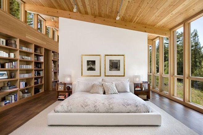 Residence Sebastopolот архитектурного бюроTurnbull Griffin Haesloop Architects, расположена в густых лесах Себастополя, штат Калифорния, США. Этот дом расположен как мост между двумя деревьями красной породы