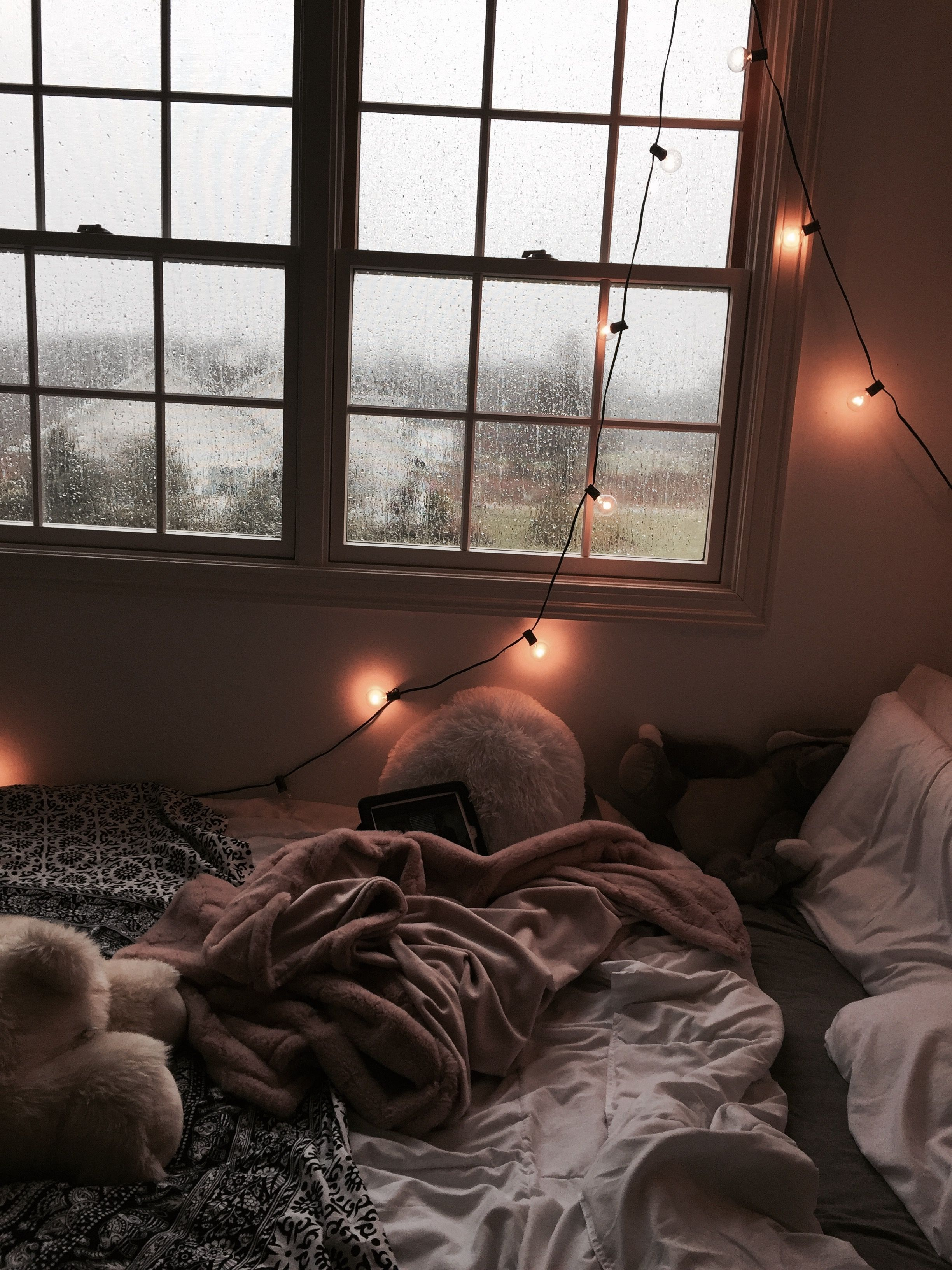 White And Pink Aesthetic Room
