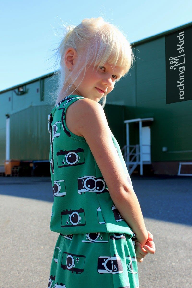 Click! Green camera print/ NOSH autumn 2014. Sewn by rocKing'sKidi in Finland