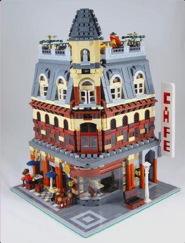 Cafe Corner Variation - a Corner Cafe | ReBrick | From LEGO Fan To ...