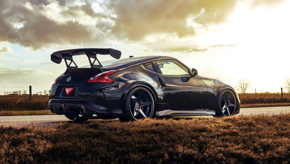Rear View Sports Car 2019 Nissan 370z Coupe Nissan 370z Nismo Nissan 370z 370z Nismo