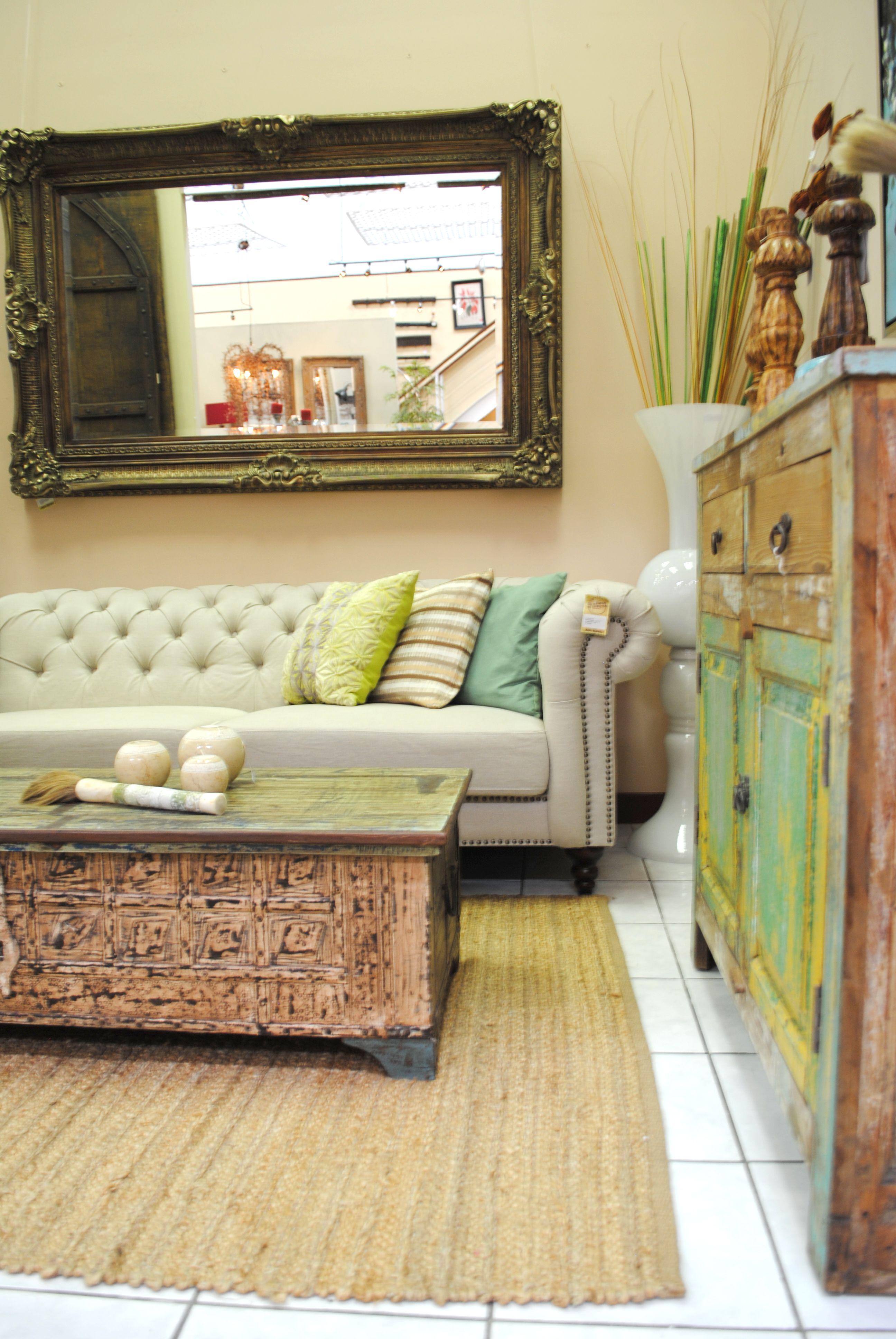 #decoracion #espejos Espejo tallado, color bronce 104x134x4 cm espejos guatemala