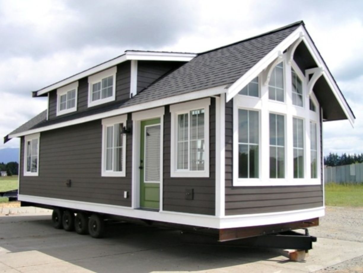 40 Exterior Paint Color Ideas For Mobile Homes Roundecor Tiny House Nation Small House Tiny House