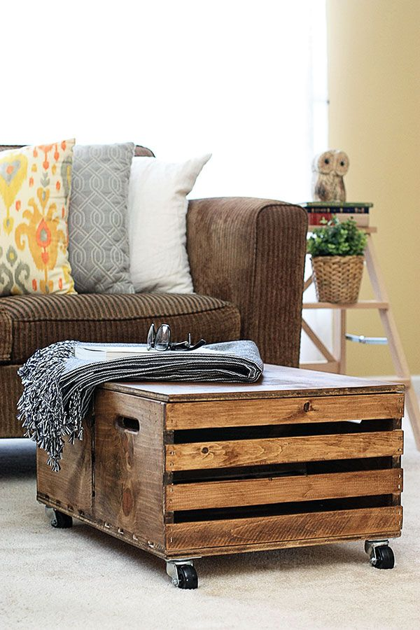 Wooden Crates Become a DIY Storage Ottoman | Palets, Madera y ...