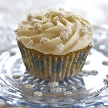 GlutenFree Vanilla Cupcakes with Vegan Buttercream Frosting Recipe