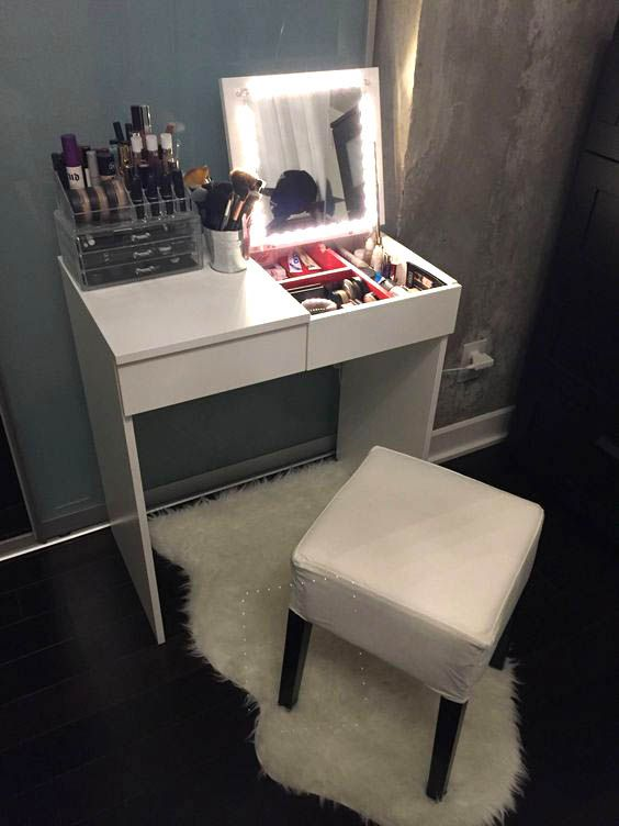 15 super cool vanity ideas for small bedrooms furniture - Small bedroom desk ideas ...