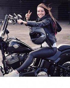 #HarleyDavidsonEverythingGirls - BIKER - #Biker #